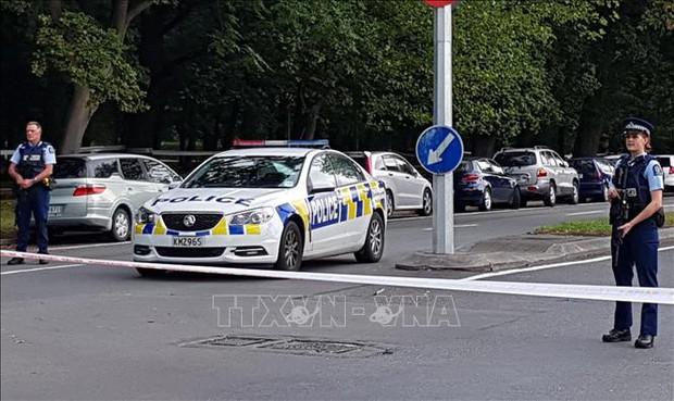 Vụ xả súng tại New Zealand: Các đối tượng phát tán đoạn video ghi hình vụ thảm sát bị dọa giết - Ảnh 1.