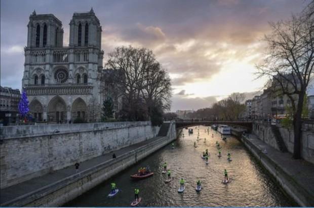 Nhà thờ Đức Bà Paris: 8 thế kỷ thăng trầm trước khi bị lửa dữ nuốt chửng - Ảnh 13.