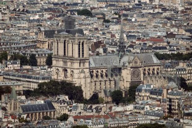 Nhà thờ Đức Bà Paris: 8 thế kỷ thăng trầm trước khi bị lửa dữ nuốt chửng - Ảnh 18.