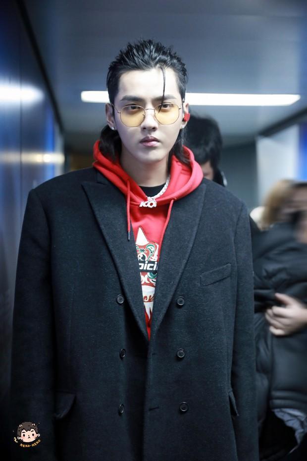 """V (BTS) vượt mặt mặt mọi soái ca Trung, Thái giành danh hiệu """"Sao nam có gương mặt thời trang nhất châu Á"""" - Ảnh 15."""