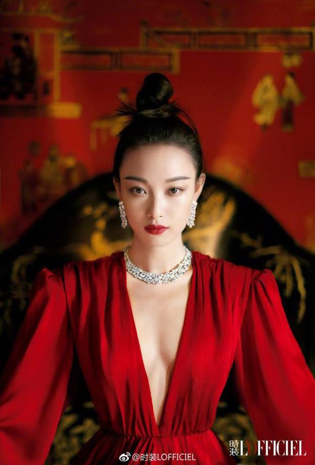 Mỹ nhân sở hữu gương mặt hoàn hảo nhất châu Á: Làm lu mờ Song Hye Kyo, khiến Jennie đội sổ nhưng có đẹp đến thế? - Ảnh 2.