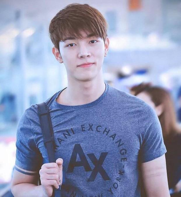 """V (BTS) vượt mặt mặt mọi soái ca Trung, Thái giành danh hiệu """"Sao nam có gương mặt thời trang nhất châu Á"""" - Ảnh 6."""