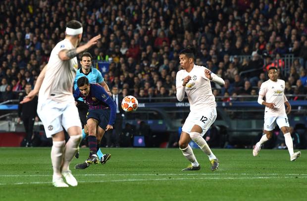 Barcelona 3-0 Man United (4-0): Messi tỏa sáng rực rỡ với cú đúp, chấm dứt hành trình của Man United tại Champions League - Ảnh 2.