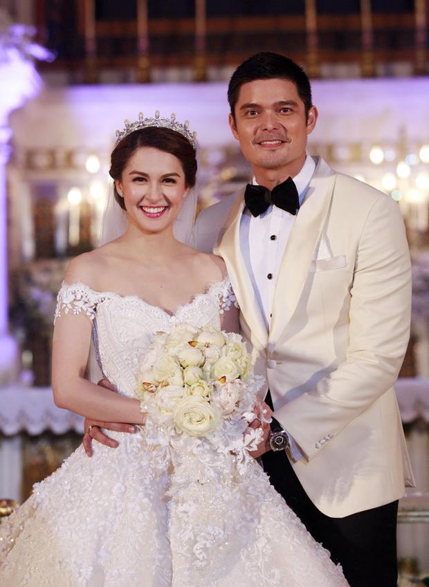 Cơn sốt vợ chồng mỹ nhân đẹp nhất Philippines: Yêu tựa phim, cưới như hoàng gia, 2 thiên thần nhỏ vừa ra đời đã quá nổi - Ảnh 14.