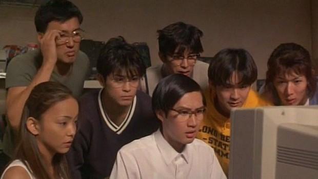 Nâng điểm đã là gì, học sinh trên màn ảnh còn dùng cả công nghệ 4.0 để hack kết quả nữa kìa - Ảnh 5.