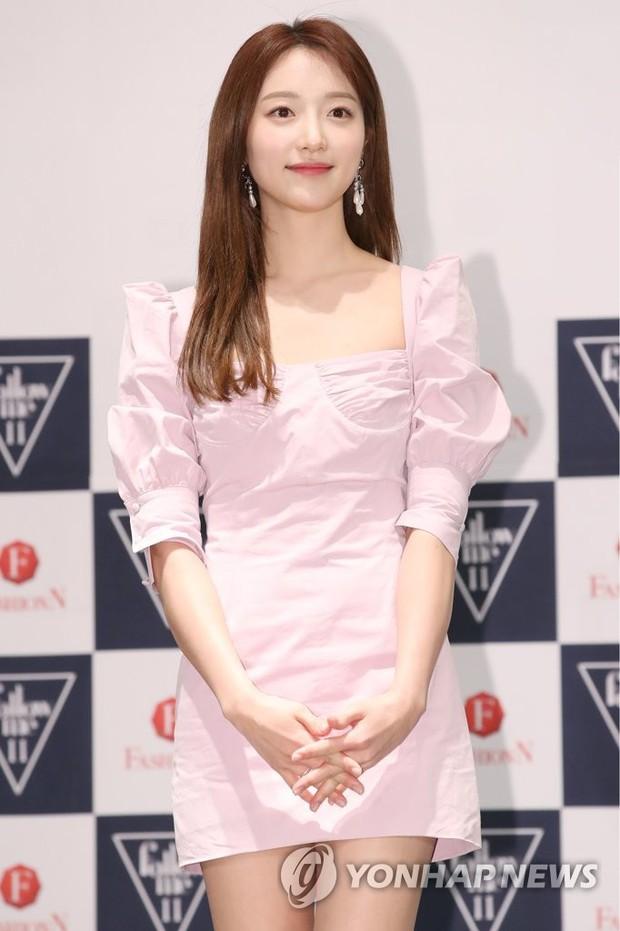 Từng làm nền cho Park Min Young, nữ phụ Thư ký Kim sao thế? lột xác nóng bỏng đến mức lấn át dàn mỹ nhân Hàn - Ảnh 6.