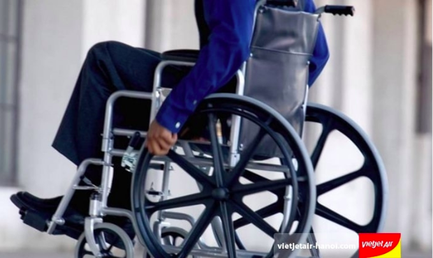 Vietjet Air lên tiếng về vụ việc không cung cấp dịch vụ hỗ trợ xe lăn cho hành khách khuyết tật - Ảnh 2.