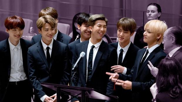 Lần đầu tiên trong lịch sử CNN cũng phải thán phục và so BTS với huyền thoại The Beatles: Nhưng tại sao nhóm nổi tiếng đến vậy? - Ảnh 7.