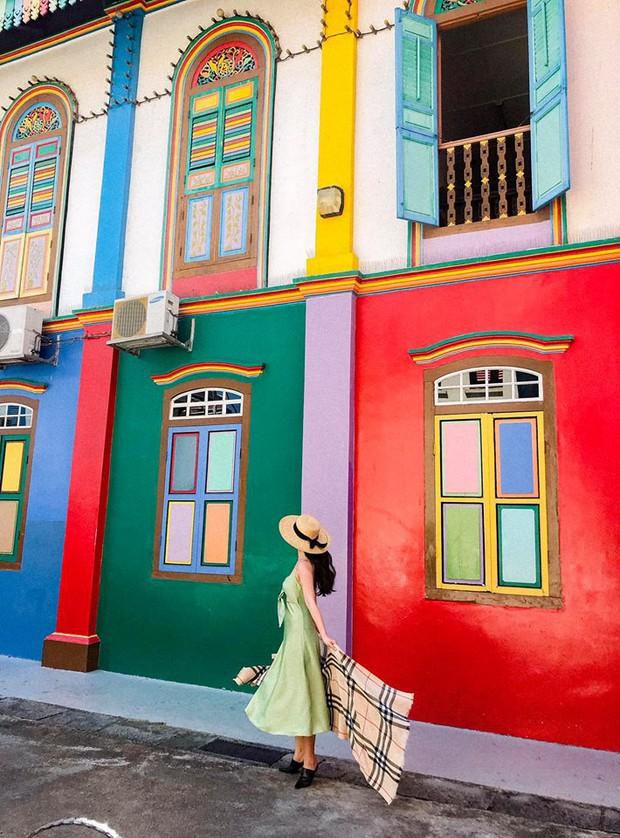 Đứng hình 5s với loạt background bảy sắc cầu vồng trong bộ ảnh du lịch Singapore của cô bạn người Việt xinh như hotgirl  - Ảnh 3.