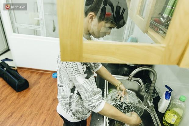 Chuyện tình đẹp mà xót xa của nữ họa sĩ trẻ Hà Nội: Vượt 700km đến với nhau, vừa kết hôn 2 tháng thì phát hiện ung thư - Ảnh 6.