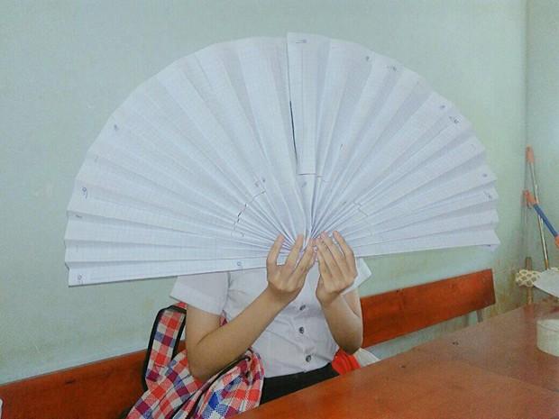 Khi các thánh lắm mồ hôi đi học lúc trời 40 độ, áo trắng cũng hoá xuyên thấu vắt ra được cả xô nước - Ảnh 6.