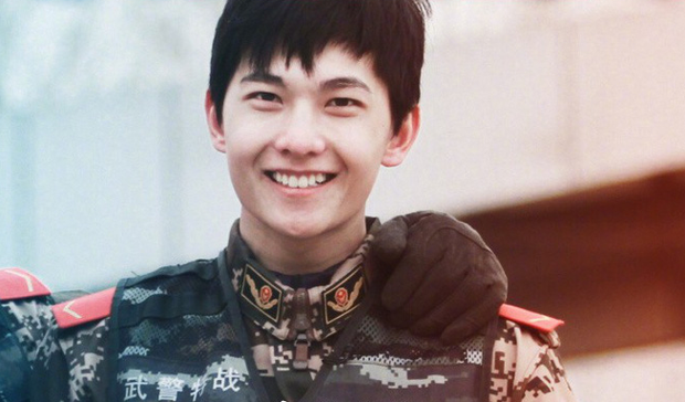 Quên đại úy Song Joong Ki đi, Dương Dương mới là quân nhân điển trai xuất sắc nhất Châu Á! - Ảnh 7.