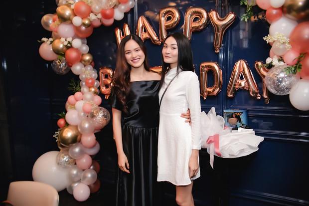 Dàn chân dài Next Top mùa đầu hội ngộ mừng sinh nhật Tuyết Lan, sau gần 10 năm vẫn gắn bó như chị em - Ảnh 8.