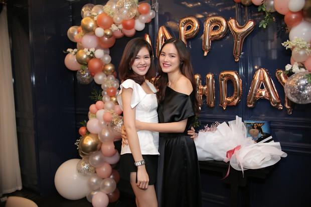 Dàn chân dài Next Top mùa đầu hội ngộ mừng sinh nhật Tuyết Lan, sau gần 10 năm vẫn gắn bó như chị em - Ảnh 7.