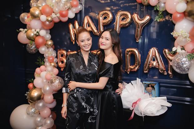 Dàn chân dài Next Top mùa đầu hội ngộ mừng sinh nhật Tuyết Lan, sau gần 10 năm vẫn gắn bó như chị em - Ảnh 6.