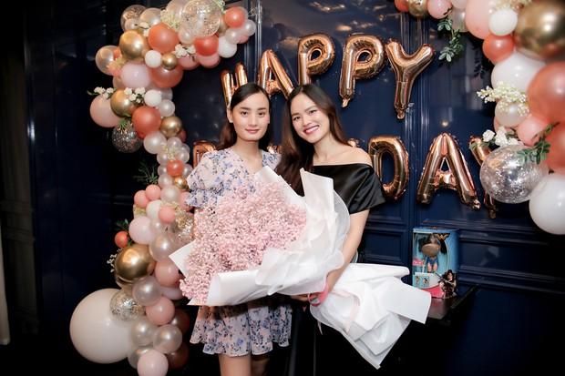 Dàn chân dài Next Top mùa đầu hội ngộ mừng sinh nhật Tuyết Lan, sau gần 10 năm vẫn gắn bó như chị em - Ảnh 4.