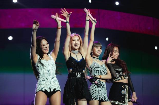 BXH khủng nhất xứ Hàn: BTS và Big Hit đẩy YG khỏi BIG3, vợ chồng Song Song vượt mặt mợ chảnh - Ảnh 4.