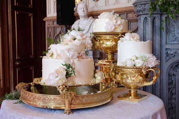 Xa hoa bánh cưới hoàng gia Anh qua từng thời kì, có chiếc lấy cảm hứng từ nhà thờ Notre-Dame - Ảnh 7.