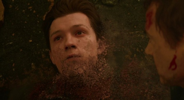 Cẩn thận đấy, rất có khả năng đoạn clip 5 phút bị phát tán của Endgame là cú lừa cỡ bự từ Marvel! - Ảnh 12.
