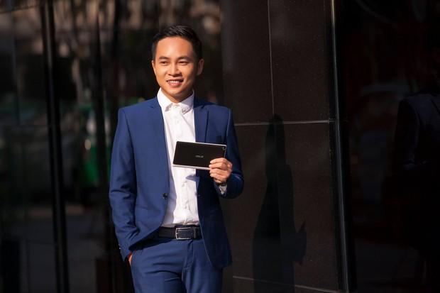 Những giáo sư, tiến sĩ vạn người mê của Việt Nam: Học thức đầy mình lại còn đẹp trai phong độ hết phần người khác - Ảnh 17.