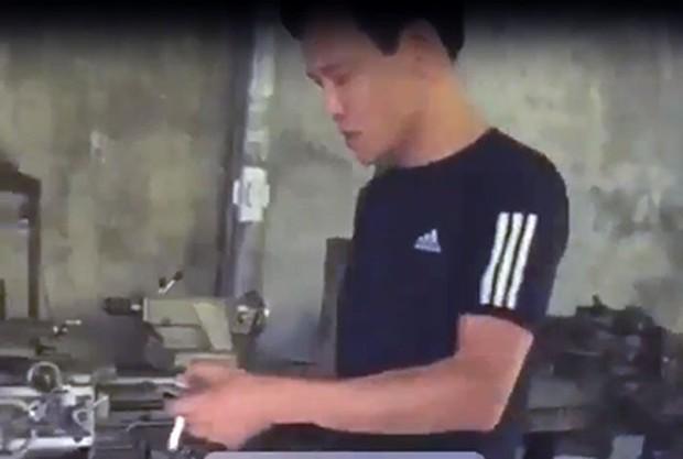 Khởi tố con nợ' đánh sấp mặt 3 nhân viên đòi nợ thuê ở Quảng Ninh - Ảnh 1.