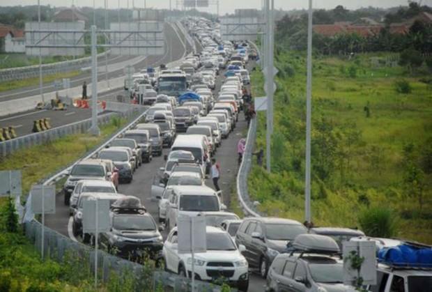 """Những vụ ùn tắc giao thông """"kinh hoàng"""" nhất trong lịch sử thế giới - Ảnh 3."""