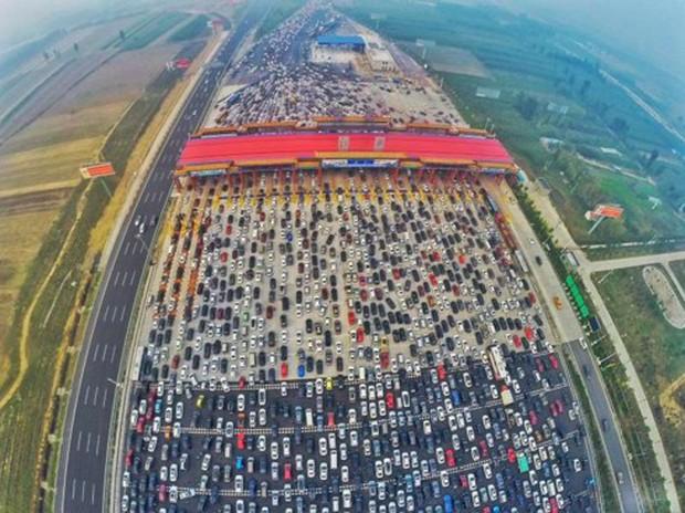 """Những vụ ùn tắc giao thông """"kinh hoàng"""" nhất trong lịch sử thế giới - Ảnh 4."""