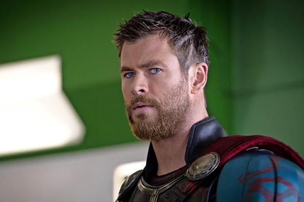 Choáng với ngoại hình cực phẩm của dàn tài tử bom tấn Avengers: Endgame thời trẻ: Captain không hút bằng Iron Man? - Ảnh 24.