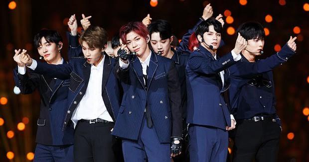 BXH khủng nhất xứ Hàn: BTS và Big Hit đẩy YG khỏi BIG3, vợ chồng Song Song vượt mặt mợ chảnh - Ảnh 7.