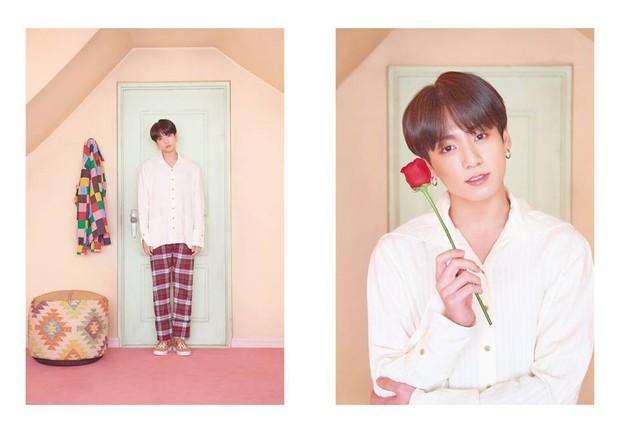 BTS tung thêm ảnh teaser: Một thành viên chơi trội với trang phục già dặn và đôi dép chói hơn mái ngói - Ảnh 4.