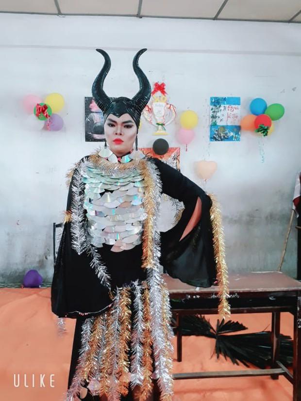 Nam sinh hoá trang thành ác nữ Maleficent xuất sắc từ ngoại hình đến thần thái: Dạt hết ra cho ta thể hiện! - Ảnh 6.