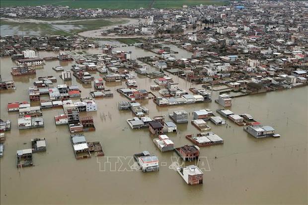 Iran phải đương đầu với đợt lũ lụt nguy cấp chưa từng có - Ảnh 1.