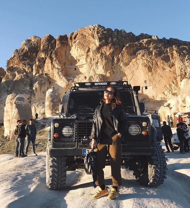 Loạt trải nghiệm cực đã của cô bạn người Việt tại Cappadocia (Thổ Nhĩ Kì): Ngủ trong hang, bay cùng khinh khí cầu, lái xe jeep qua thung lũng - Ảnh 18.