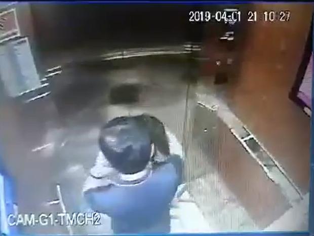 Người đàn ông sàm sỡ bé gái trong thang máy chung cư là nguyên Phó Viện trưởng VKS TP.Đà Nẵng - Ảnh 4.