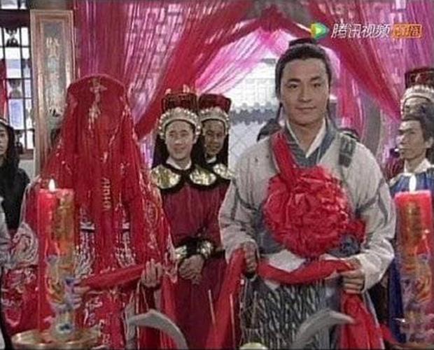 Trương Vô Kỵ gây tranh cãi vì dám... cười trong lễ cưới với Chu Chỉ Nhược - Ảnh 13.
