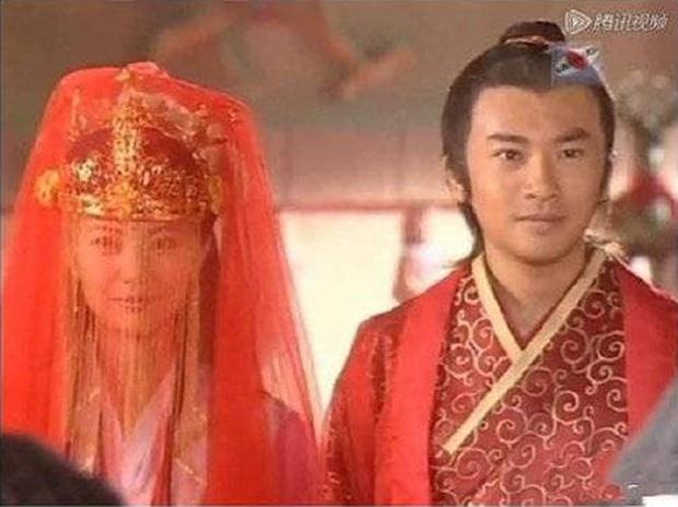 Trương Vô Kỵ gây tranh cãi vì dám... cười trong lễ cưới với Chu Chỉ Nhược - Ảnh 10.