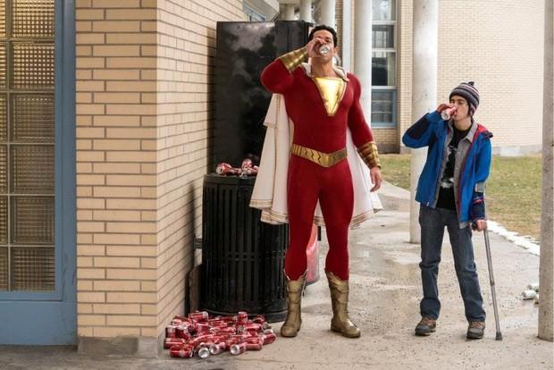 4 lí do Shazam chiếm hết cảm tình của fan DC lẫn dân ngoại đạo - Ảnh 3.