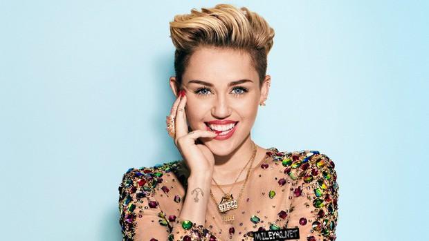 Những cô vợ sexy, tài năng của dàn sao nam hot nhất Hollywood: Miley và Hailey liệu có đọ được với Hoa hậu thế giới? - Ảnh 27.