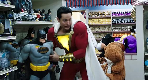 4 lí do Shazam chiếm hết cảm tình của fan DC lẫn dân ngoại đạo - Ảnh 4.
