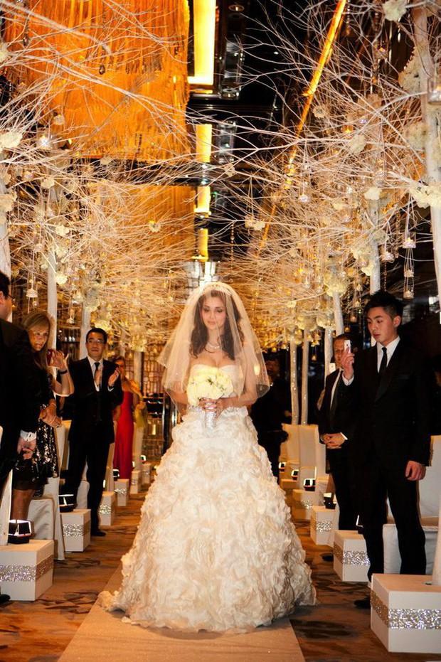 Cuộc sống của cô nàng siêu mẫu lấy chồng tỷ phú xấu nhất Macau sau 7 năm kết hôn khiến ai nấy đều choáng váng - Ảnh 4.