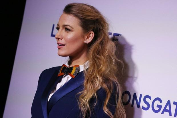 Những cô vợ sexy, tài năng của dàn sao nam hot nhất Hollywood: Miley và Hailey liệu có đọ được với Hoa hậu thế giới? - Ảnh 8.