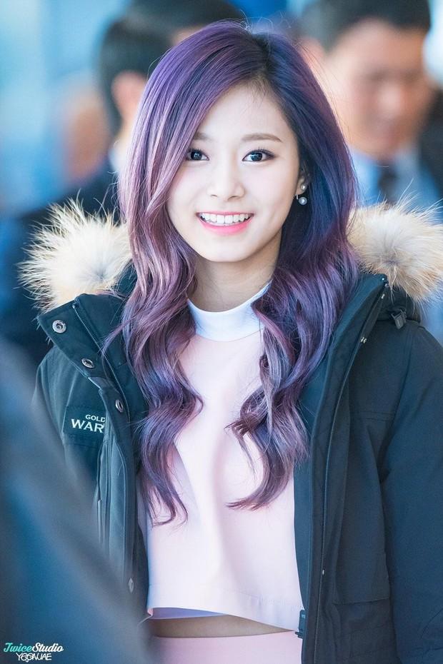 3 cô em út nổi tiếng nhà JYP: Gương mặt, body, thần thái đều cực phẩm nhưng chỉ 1 người lọt vào mắt xanh của Sohee - Ảnh 4.