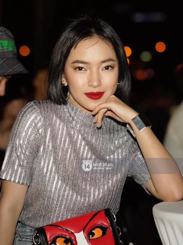 Sơn Tùng M-TP diện áo trắng chuẩn soái ca, Min xuất hiện không mệt tại sự kiện lớn ở Hà Nội - Ảnh 9.