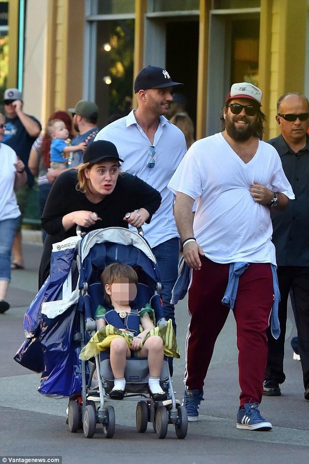 Họa mi nước Anh Adele tuyên bố chia tay chồng sau 8 năm hạnh phúc - Ảnh 2.