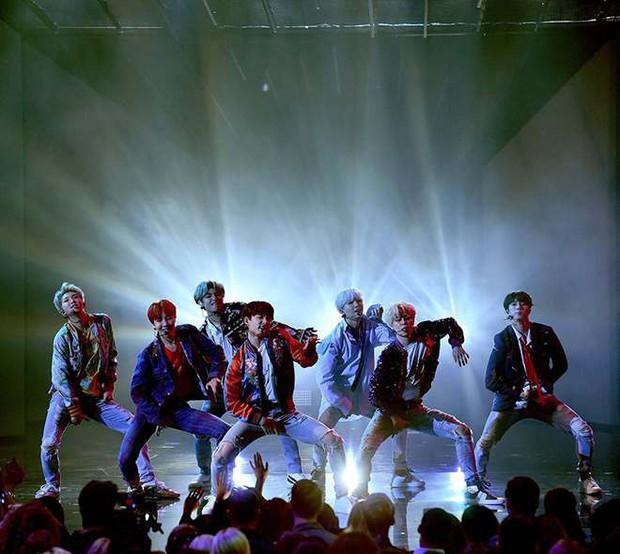 Chỉ với 1 thành tích, BTS lập ngay 3 kỷ lục Guinness nhưng fan BlackPink có thấy bất công? - Ảnh 3.