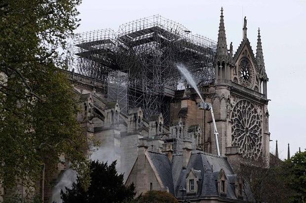 Kiệt tác kiến trúc Gothic Nhà thờ Đức Bà Paris sẽ được phục dựng như thế nào? - Ảnh 2.