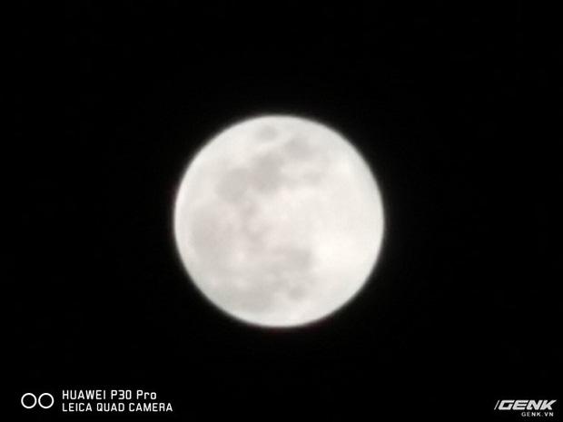 Thử chụp zoom trăng bằng Huawei P30 Pro và so sánh với iPhone XS Max - Ảnh 4.