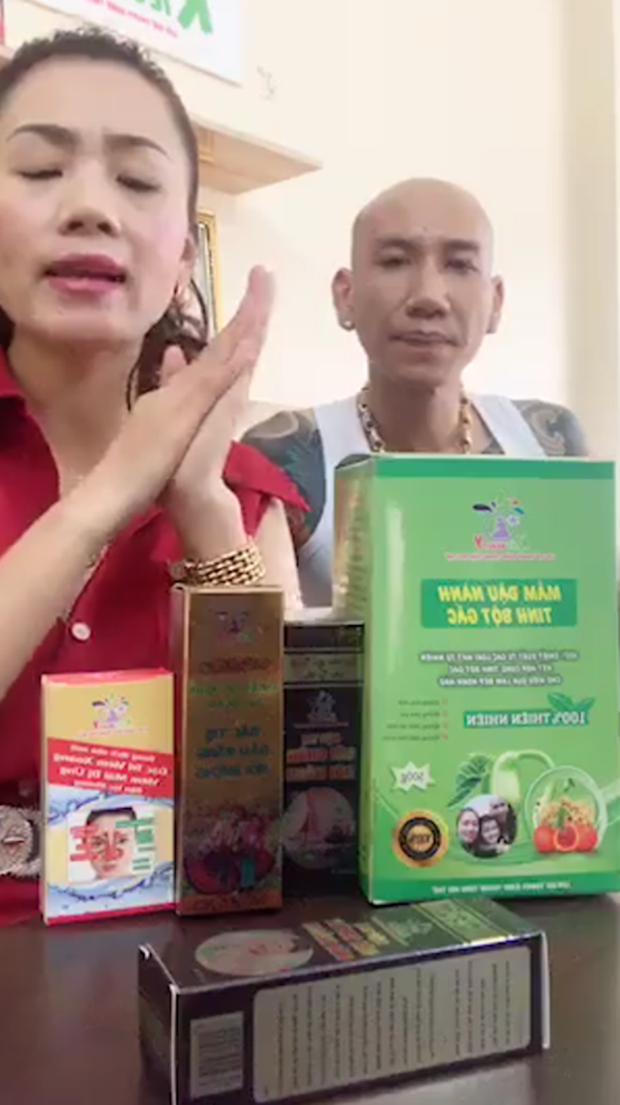 Đời chỉ là thế thôi: Vợ chồng ca sĩ Phú Lê bị điều tra vì quảng cáo thuốc không giấy phép với tác dụng... trên trời - Ảnh 2.