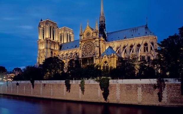 Tranh cãi về phục dựng Nhà thờ Đức Bà Paris – Hoài cổ hay hiện đại? - Ảnh 1.
