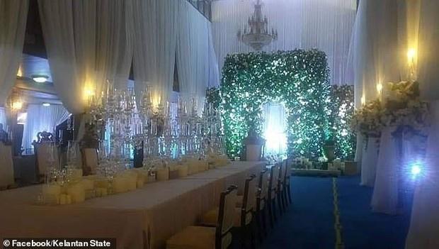 Nối gót Quốc vương, Thái tử Malaysia kết hôn với người đẹp Thuỵ Điển - Ảnh 4.